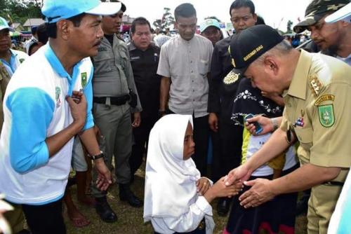 Tahun Ini, Gubernur Riau Tetap Penuhi Infrastruktur Pendidikan dan Peningkatan Kualitas Guru
