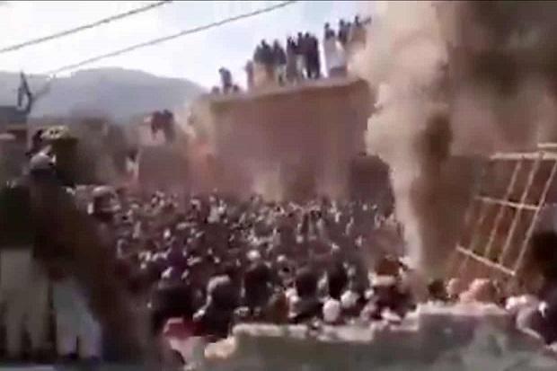 Massa Bakar Kuil Hindu Berusia Seabad, 31 Orang Ditangkap