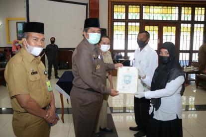 Sebanyak 32 Honorer di Lingkup Pemkab Siak Terima SK P3K dari Bupati Siak