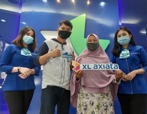 Kuis Xtravaganza dan FantAXIS, Pelanggan Asal Medan Raih Hadiah Jutaan RupiaH