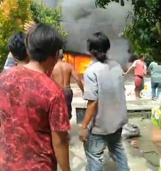 Dua Rumah Warga Rantau Kopar Terbakar, Kerugian Ratusan Juta Rupiah