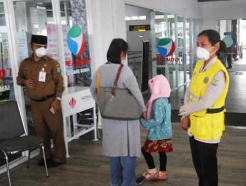 Antisipasi Virus Corona di Pelabuhan Bengkalis, ABK Asal Hongkong Diperiksa