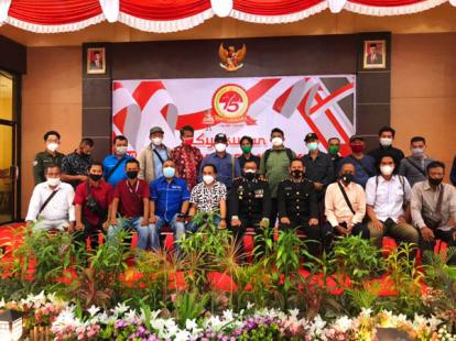 Syukuran HUT ke-75 Bhayangkara, Dandim 0321 Rohil Hadiahi Tumpeng untuk Polres Rohil