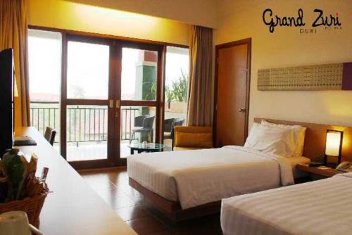 Wuih, Mulai Hari Ini, Semua Tipe Kamar di Hotel Grand Zuri Duri Diskon 71 Persen