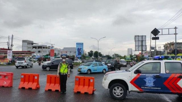Gubernur Riau Masih Menunggu Petunjuk Presiden Soal Perpanjangan PPKM Level 4 di Pekanbaru