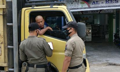 Belasan Pelanggar Prokes di Tembilahan Inhil Diminta Membacakan Teks Pancasila