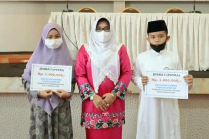 Zakky dan Saniyah Raih Juara Pertama Lomba Tahfiz Quran Anak-anak Tingkat SD se-Kabupaten Kampar