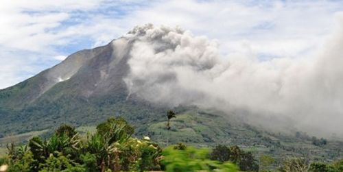 Gawat, Gerak Awan Panas Gunung Sinabung Meluas