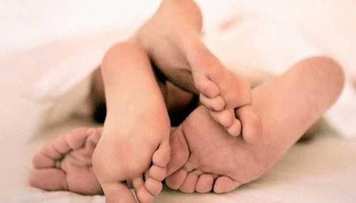 Selingkuh di Kamar Hotel, Wanita 3 Anak Kaget Digerebek Suami dan Kakak Ipar