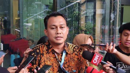Perkara Alih Fungsi Lahan, Kadis LHK Provinsi Riau Mangkir dari Panggilan KPK