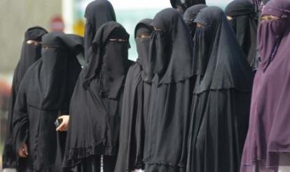 Muslimah Ini Setiap Hari Alami Pelecehan karena Berniqab