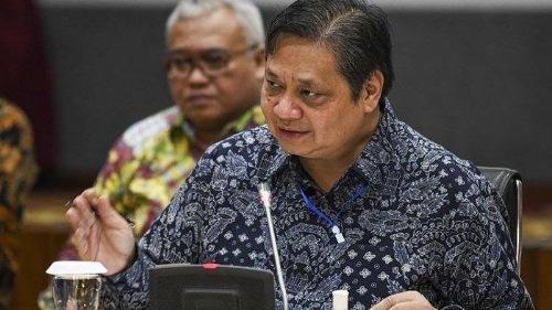 Menko Airlangga: Presiden Jokowi akan Tambah Plafon KUR dan Kredit UMKM