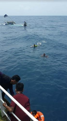 Cerita Korban: Mereka Terkatung-katung di Tengah Laut, Ada Kapal Lewat tapi tak Ada yang Menolong