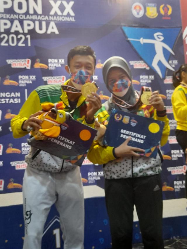 Putra dan Putri Anggar Riau Persembahkan Emas di PON XX Papua