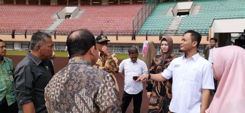 Dana CSR Perusahaan Diharapkan Mampu Membantu Perbaikan Stadion Utama Riau