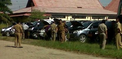 Mantan Anggota DPRD Inhu Tak Kunjung Kembalikan Mobil Dinas, Hendrizal Lapor KPK