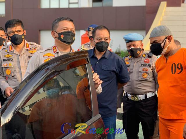 Dari Video Viral Oknum Polisi Nyabu di Belakang Kediaman Wakil Gubenur Riau, Polda Tangkap Kompol Y dan Rekannya