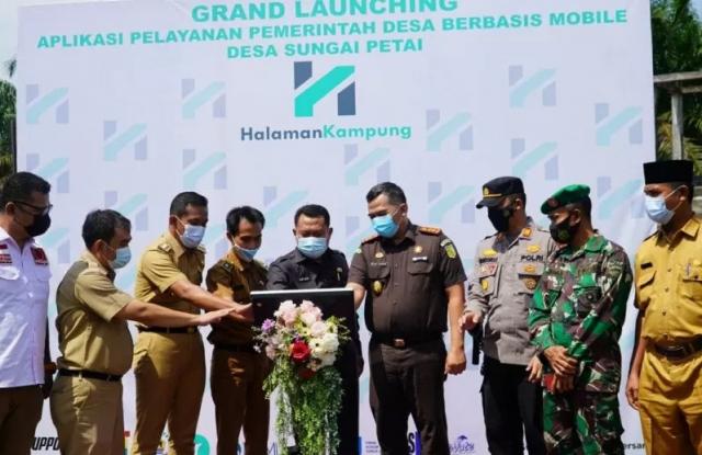 Pertama di Riau, Bupati Kampar Luncurkan Aplikasi Desa Digital