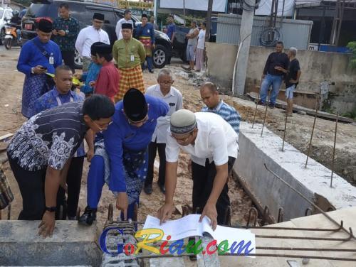 Proyek Pembangunan Jembatan Sail di Pekanbaru Baru 43 Persen, Wagubri Edy Nasution: Blacklist Saja Perusahaannya