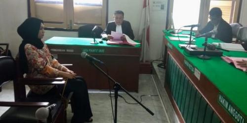 Tagih Utang Rp70 Juta yang Bertahun-tahun Tak Dibayar, Febi Amelia Malah Diadili di PN Medan
