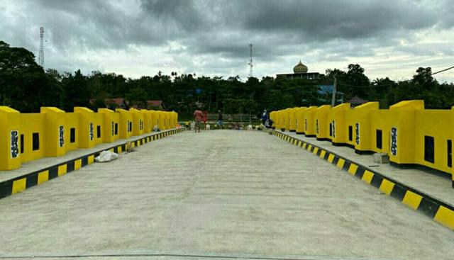 Jembatan Sei Kapojan Selesai Dibangun, Warga Bunut Pelalawan Berbahagia