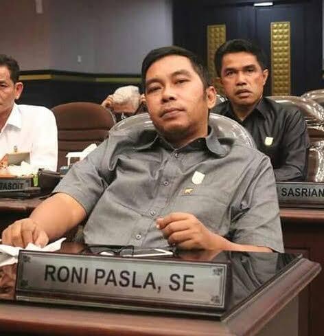Salah Satu Penyebab PAD Bocor, Satpol PP Harus Segera Libas Reklame Illegal di Pekanbaru