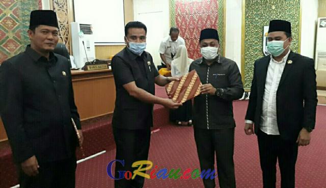 Putuskan Bahas Dua Ranperda, Bapemperda DPRD Pelalawan Soroti Bau Busuk di Pangkalan Kerinci