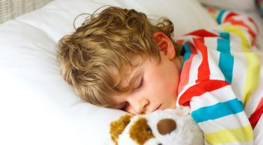 Selalu Tidur dengan Lampu Menyala, Bocah 7 Tahun Ini Alami Pubertas Dini, Payudaranya Tumbuh dan Ovarium Membesar