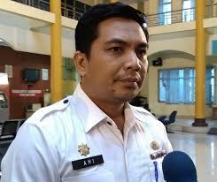 Bapenda Bakal Lelang Tiang Ilegal yang Masih Berdiri di Pekanbaru