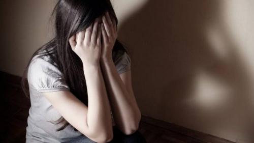 Gadis Remaja Digauli Ayah Tiri Saat Ditinggal Ibu Pergi Pengajian