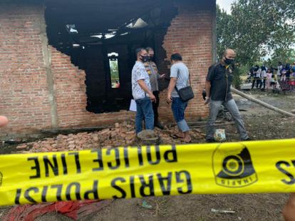 Warga Sempat Robohkan Tembok Rumah untuk Selamatkan Bocah 3 Tahun yang Tewas Terbakar di Pekanbaru