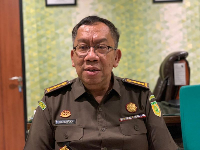 Kejati Riau Periksa Penerima Bansos Siak