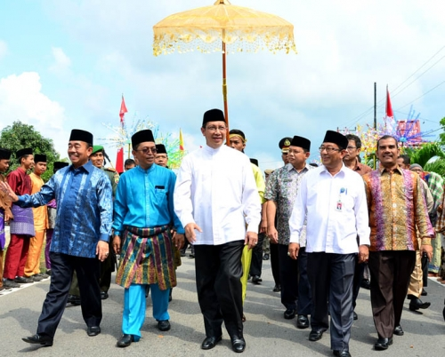 Sehari Bersama Menteri Agama di Negeri Junjungan, Ini Foto-fotonya
