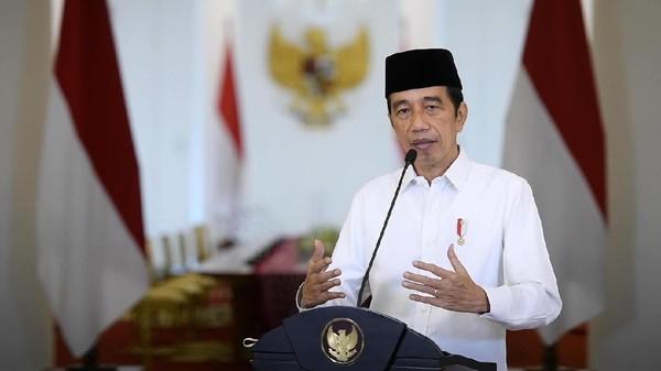 Jokowi Promosikan Makanan Berbahan Babi Jelang Lebaran, Joman Salahkan Mensesneg