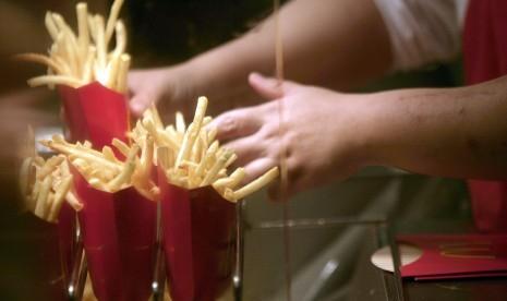 Hanya Mau Makan Kentang Goreng dan Roti Sejak Lulus SD, Remaja Ini Alami Kebutaan