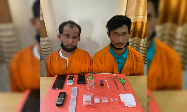 Pengedar Narkoba di Inhil Tertangkap Tangan Sedang Pakai Sabu di Rumahnya