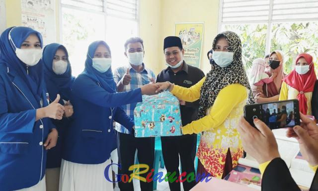 PUAN Pelalawan Berikan Bantuan Alat Kesehatan untuk Puskeskel BLP Pangkalan Kerinci