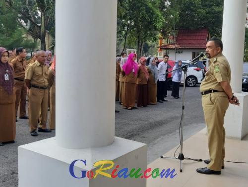 Sidak Kantor Inspektorat Riau, Wagubri Edy Nasution Dapati 17 Pegawai Bolos Kerja