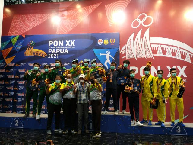 Tambah 1 Emas Lagi, Anggar Riau Penuhi Target 5 Emas dan Juara Umum di PON XX Papua