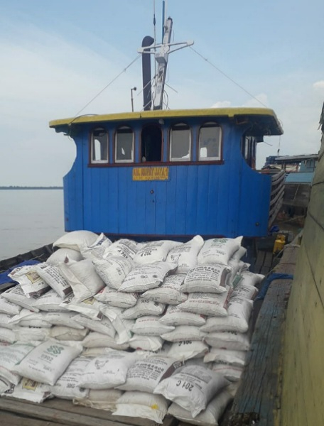 Kapal Pengangkut Puluhan Ton Pinang dan Ratusan Kilo Siput Tenggelam di Selat Malaka