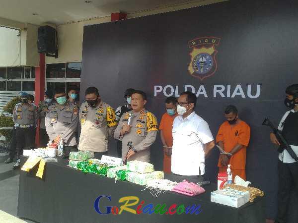 Bawa 20 Kg Narkoba, Tiga Kurir di Bengkalis Ditangkap, Satu Ditembak Mati