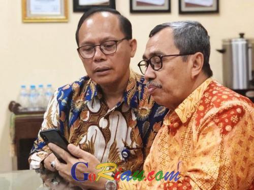 Dirut PT Sarinah Minta Produk Usaha Kreatif di Riau ke Gubri Syamsuar yang Bisa Dipasarkan ke Cina
