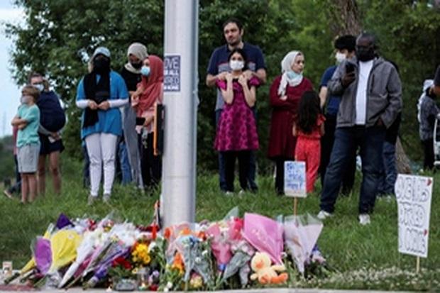 Pemuda Pembenci Islam Tertawa Usai Tabrak 5 Muslim yang Sedang Berjalan di Trotoar Sehingga 4 Tewas