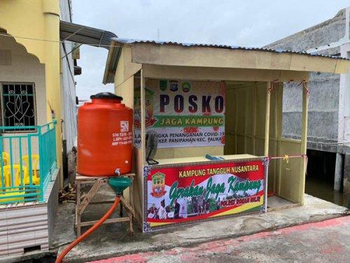 Di Posko Jaga Kampung Tangguh Nusantara, Warga yang Datang ke Panipahan Dicek Kesehatannya