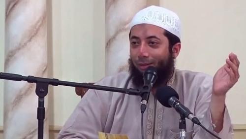 Ayahnya Dimakamkan dengan Protokol Covid-19, Ustaz Khalid Basalamah Mengaku Sedih
