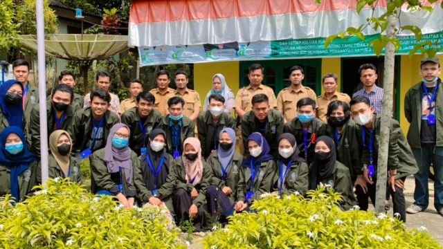 Mahasiswa UMRI Dukung Terwujudnya Toar sebagai Desa Digitalisasi di Kuansing