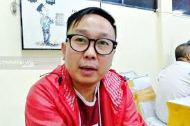 Memalukan, Anggota Fraksi PSI Lemparkan Dokumen RAPBD ke Lantai Saat Rapat, Mengaku Spontanitas