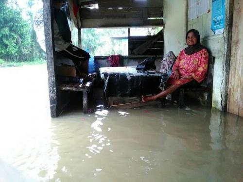 Hari Kedua, Banjir Makin Meluas di Kuansing