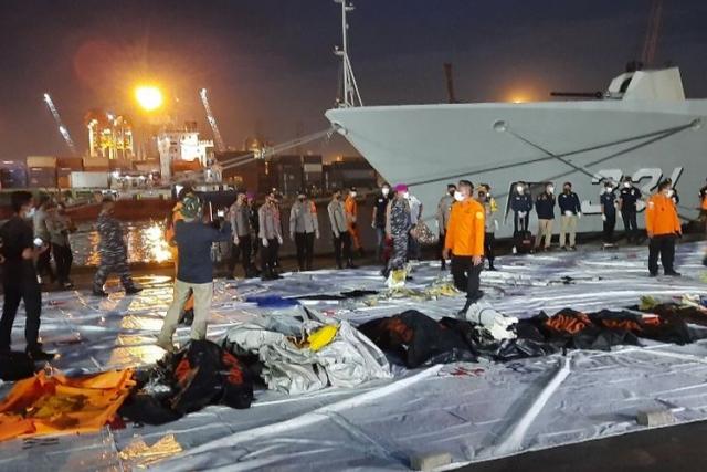Sebagian Penumpang SJ 182 yang Jatuh Pindahan dari NAM Air, Begini Penjelasan Sriwijaya Air