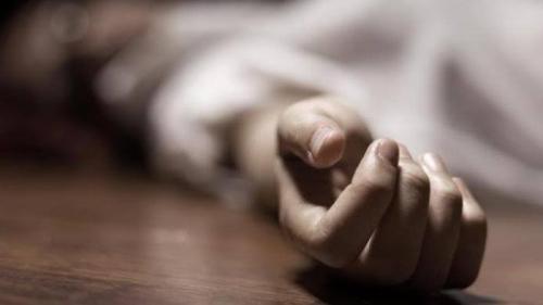 Istri Berlumuran Darah dalam Kamar Mandi, Suami Ditemukan Tergantung di Kebun
